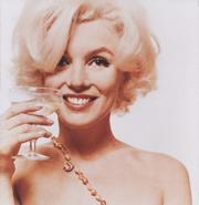 Marilyn Monroe-champagne